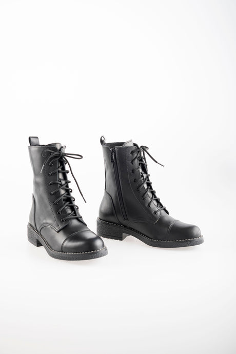 BEATRICE Black Leather Ankle Boots