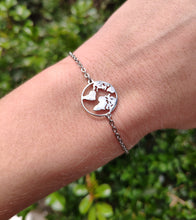 Load image into Gallery viewer, World Map Bracelet