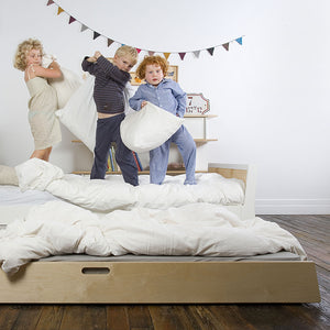 Shop Oeuf Canada Modern Toddler & Kids Sparrow Trundle Bed