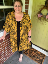 Load image into Gallery viewer, Yellow & Black Leopard Kimono