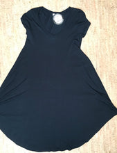 Load image into Gallery viewer, Black Deep V-Neck Tunic / Dress