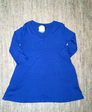 Load image into Gallery viewer, Royal Blue 3/4 Sleeve V-Neck Tunic
