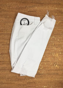 Distressed White Skinny Jean
