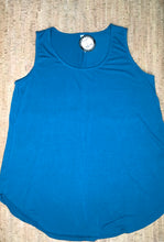 Load image into Gallery viewer, Teal Scoop-Neck Tank Top
