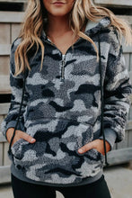 Load image into Gallery viewer, Gray Camo 1/2 Zip Sherpa