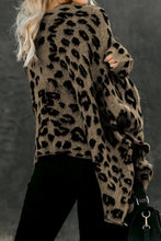 Load image into Gallery viewer, Leopard Front Pocket Cardigan