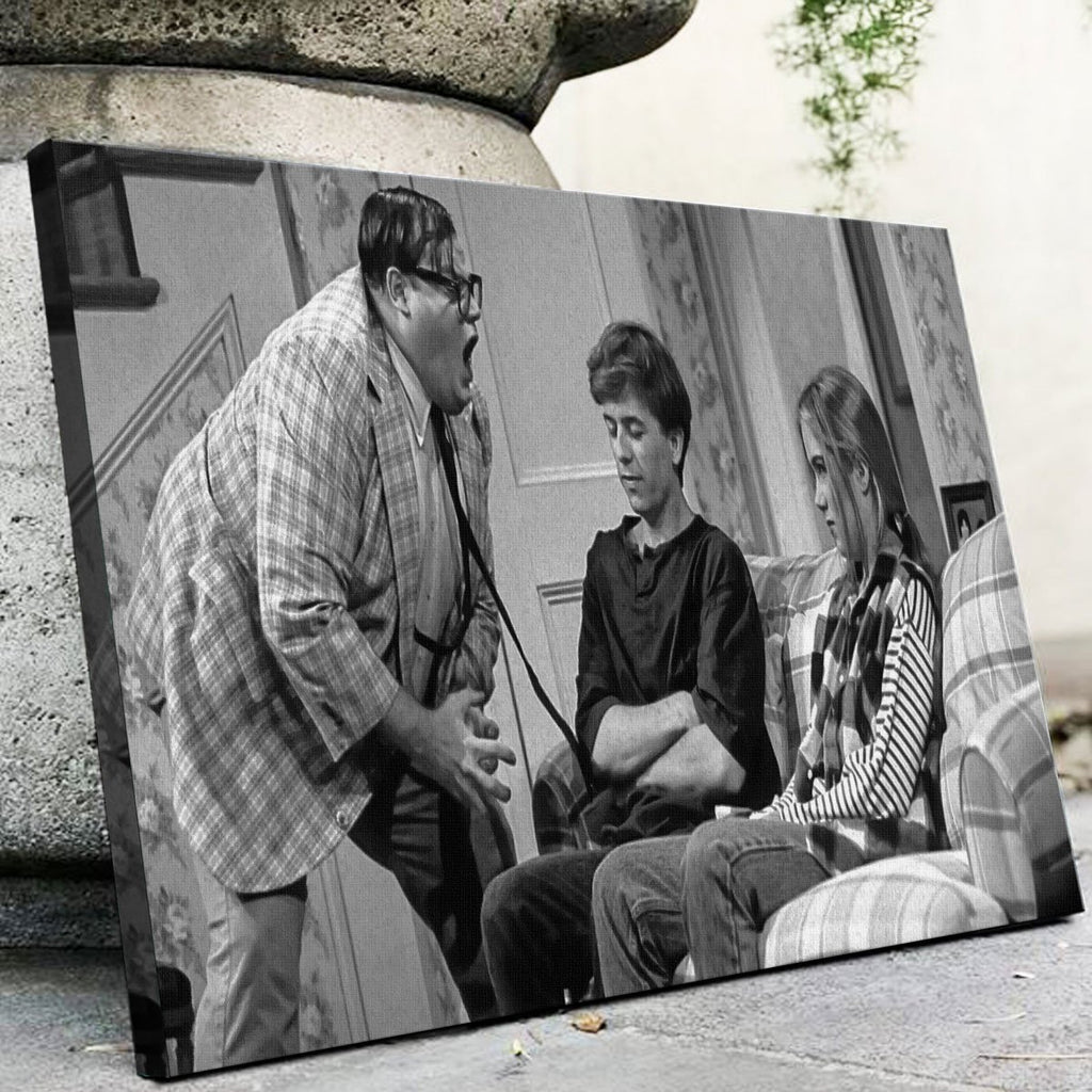 Matt Foley Canvas Set