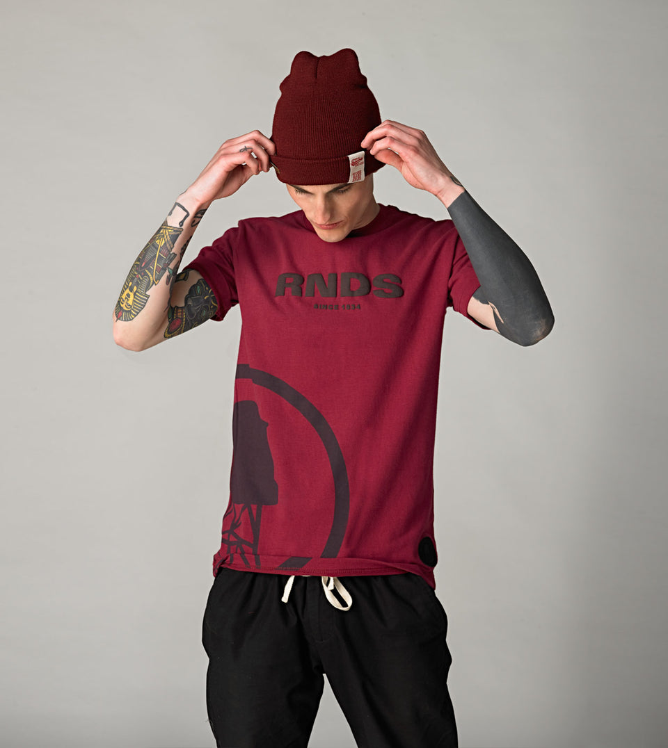 RNDS WATERTANK BURGUNDY T-SHIRT