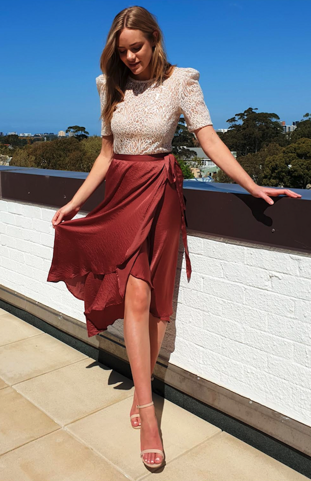 EFFORTLESS CHIC WRAP SKIRT