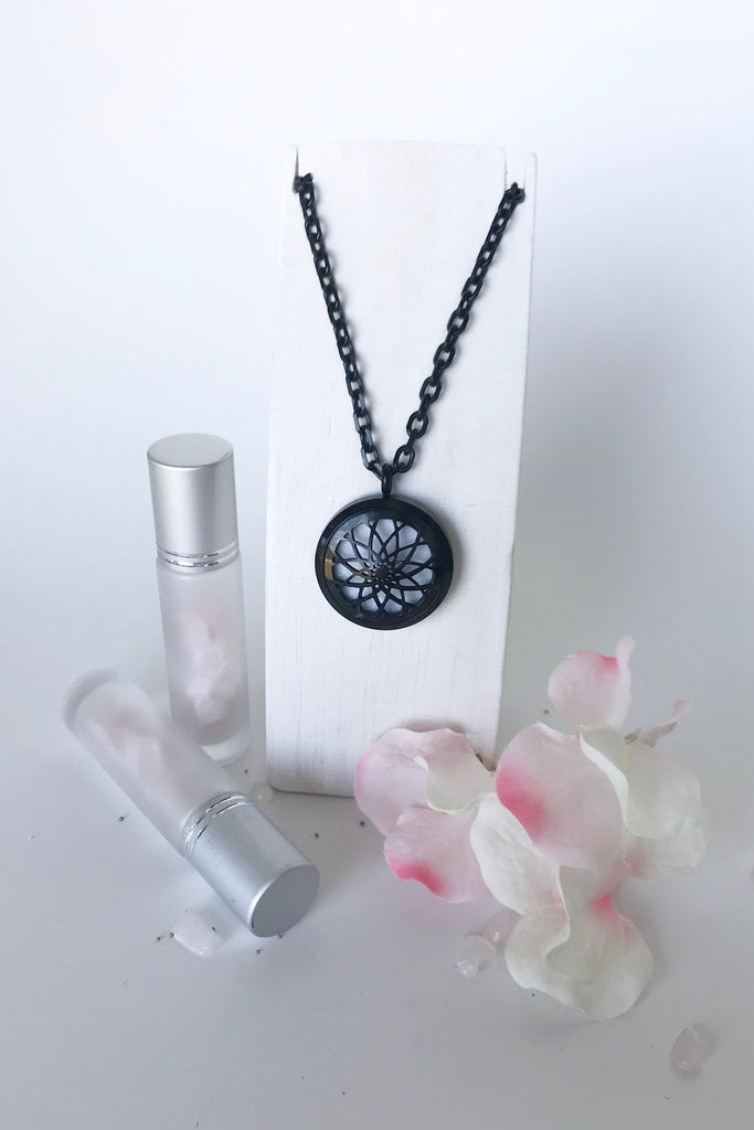 'CORE' essential oil diffusing necklace