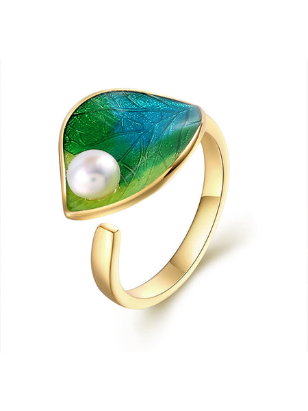Leaf Pattern Green Pearl Ring