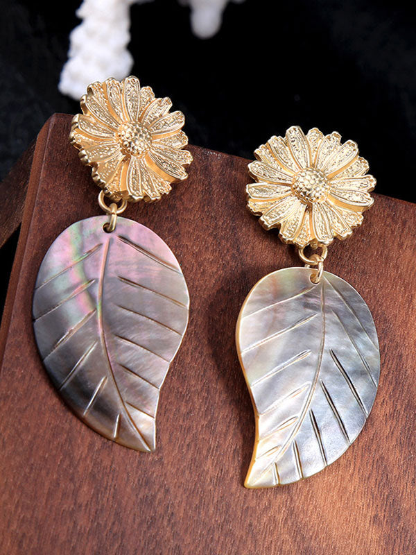 Exaggerated Golden Flower Shell Earrings