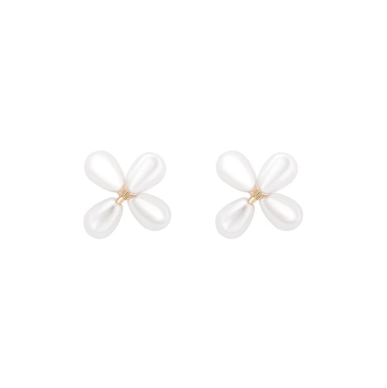 Simple and lovely super fairy flower Pearl Earrings