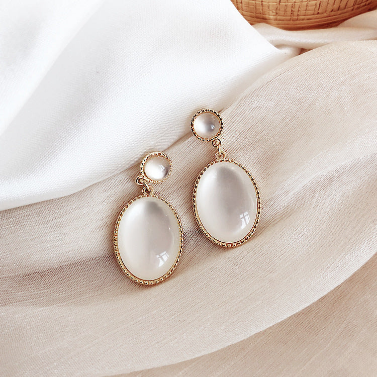 tear imitation cat's eye earrings 925 silver pin earrings