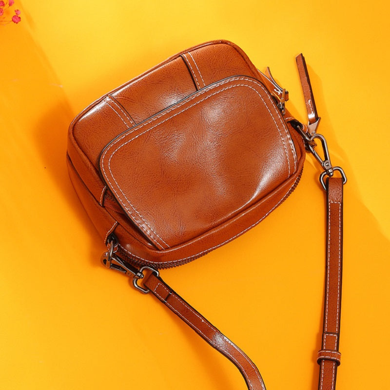Retro One Shoulder Crossbody Bag