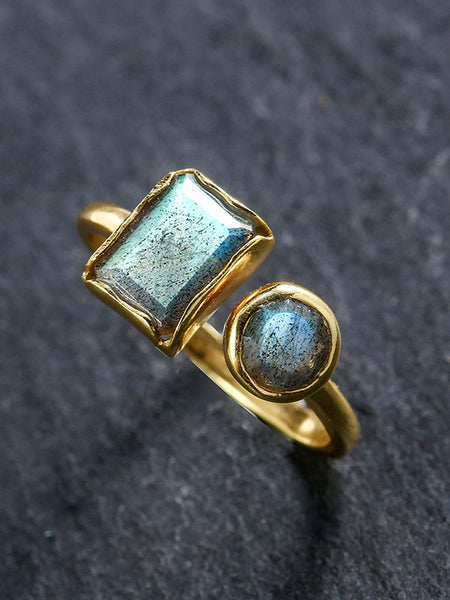 Labradorite Retro Light Luxury Ring