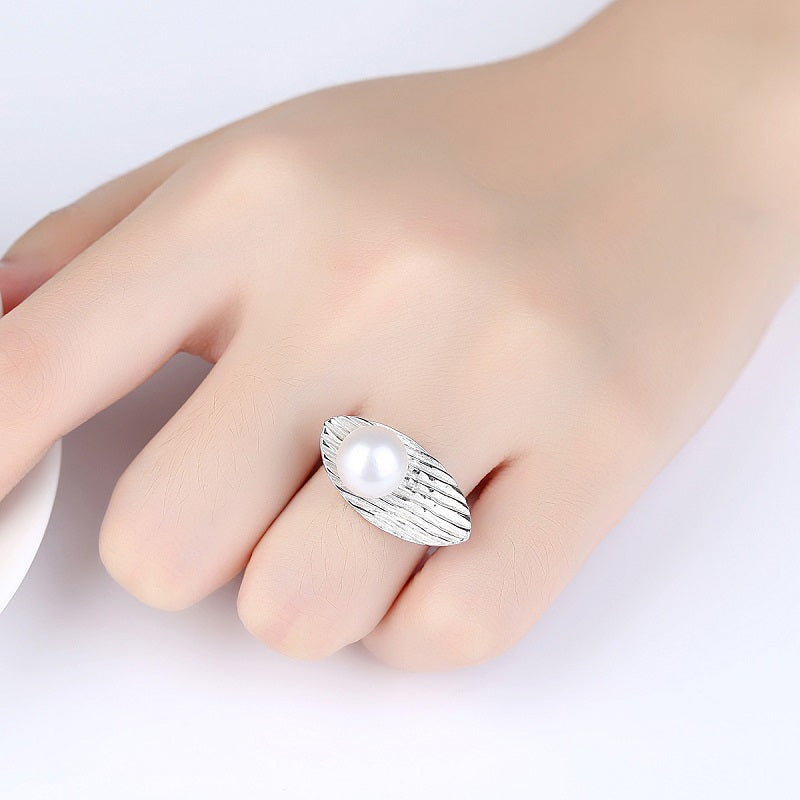 Feather-shaped Adjustable Ring