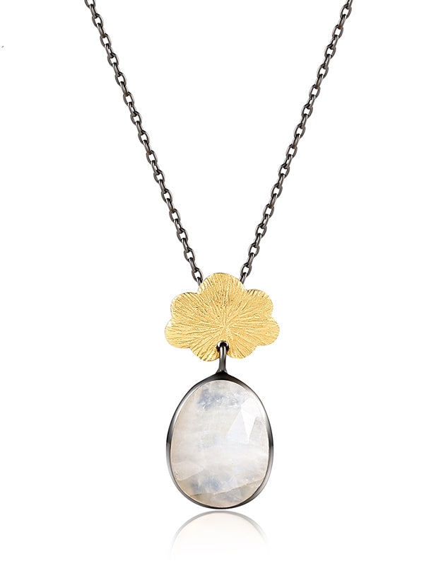 Natural Moonstone Flower Pattern Necklace
