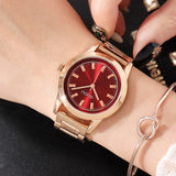 Fashion Gold Round Dial Women's Watch