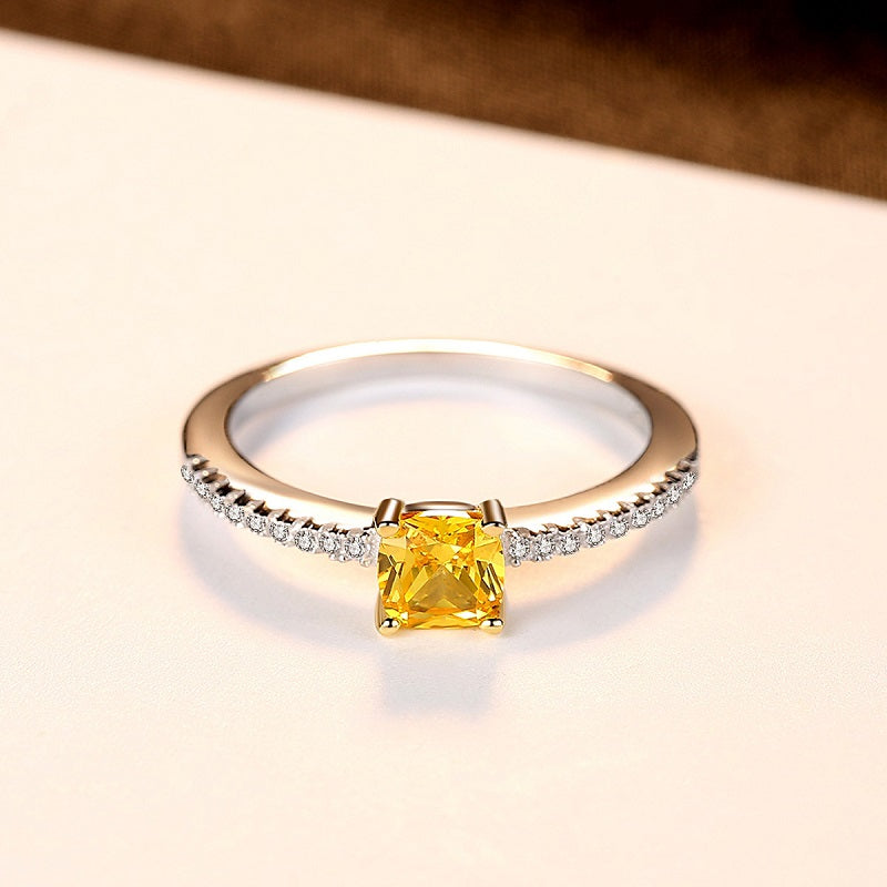 Natural Yellow Crystal Women's Ring