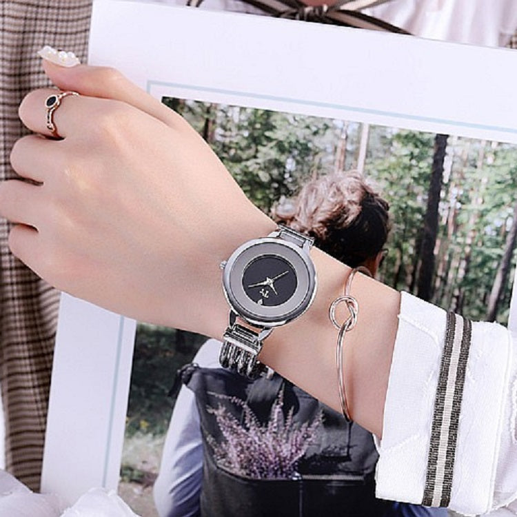 Round Pattern Bracelet Women's watch