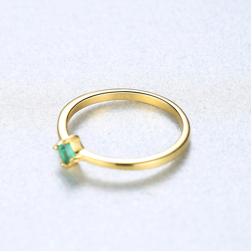 Four Claw Green Gemstone Silver Ring