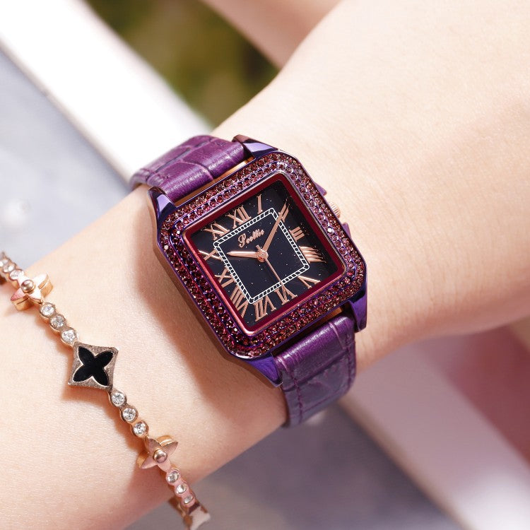 Retro Square Pattern Leather Strap Women's Watch