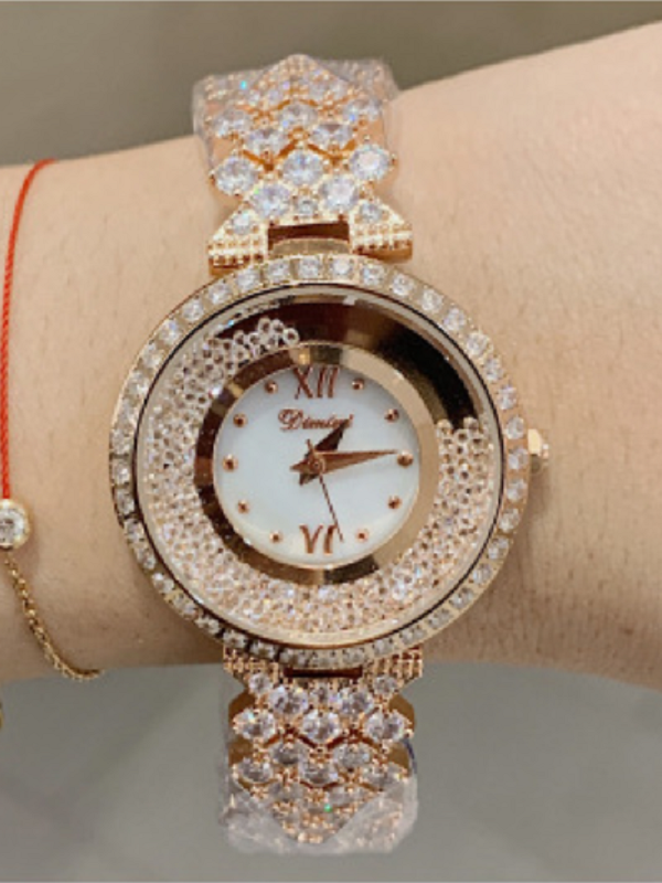 Women's Watch Classic Durable Crystal Quicksand Large Dial Diamond Strap elegant Watch
