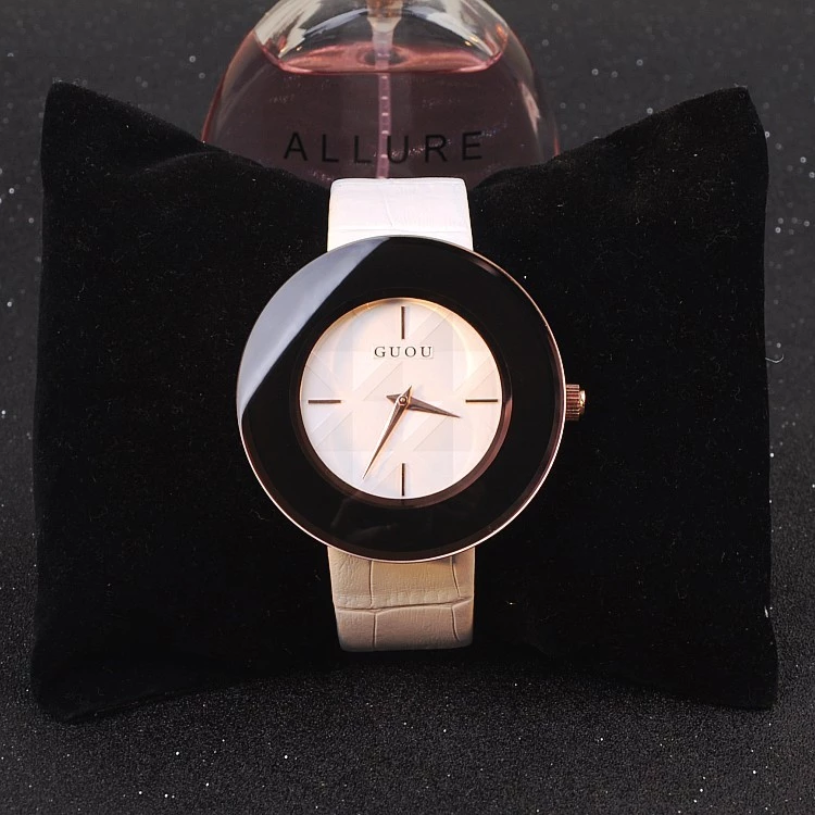 Shining Large Dial Women's Watch