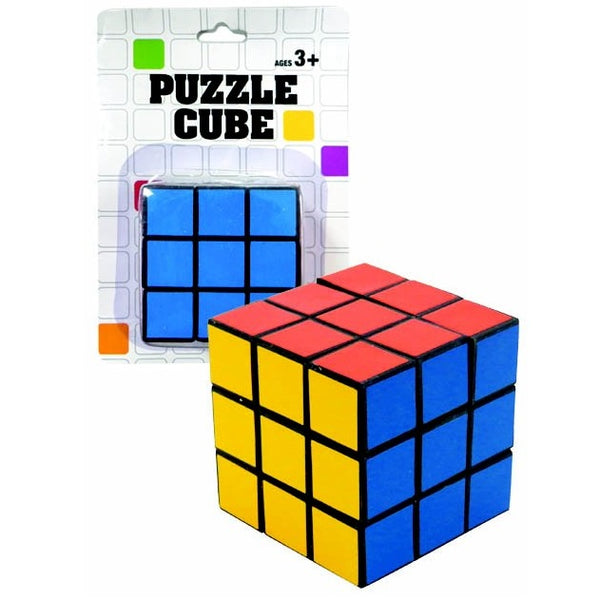 PUZZLE CUBE ON CARD