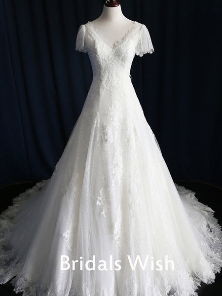 Charming Short Sleeves Lace Applique  Wedding Dress EW0121