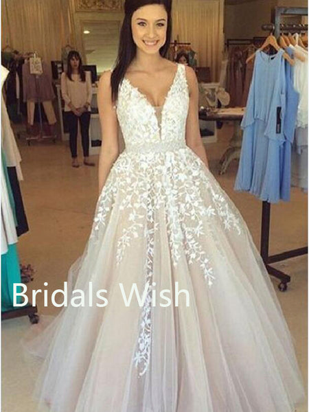 Charming Applique Tulle V-neck Long Wedding Dresses Online, BW0036