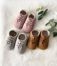 Load image into Gallery viewer, Baby Brogue Shoes Dusty Pink