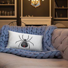 Load image into Gallery viewer, Spider Basic Pillow
