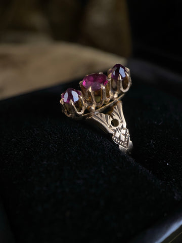 Antique 14K 3 Stone Garnet Ring 6