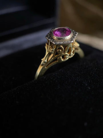 Antique 14K Garnet Ring 6.25
