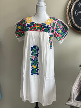 Load image into Gallery viewer, Mamacita Mexican Embroidered Dress