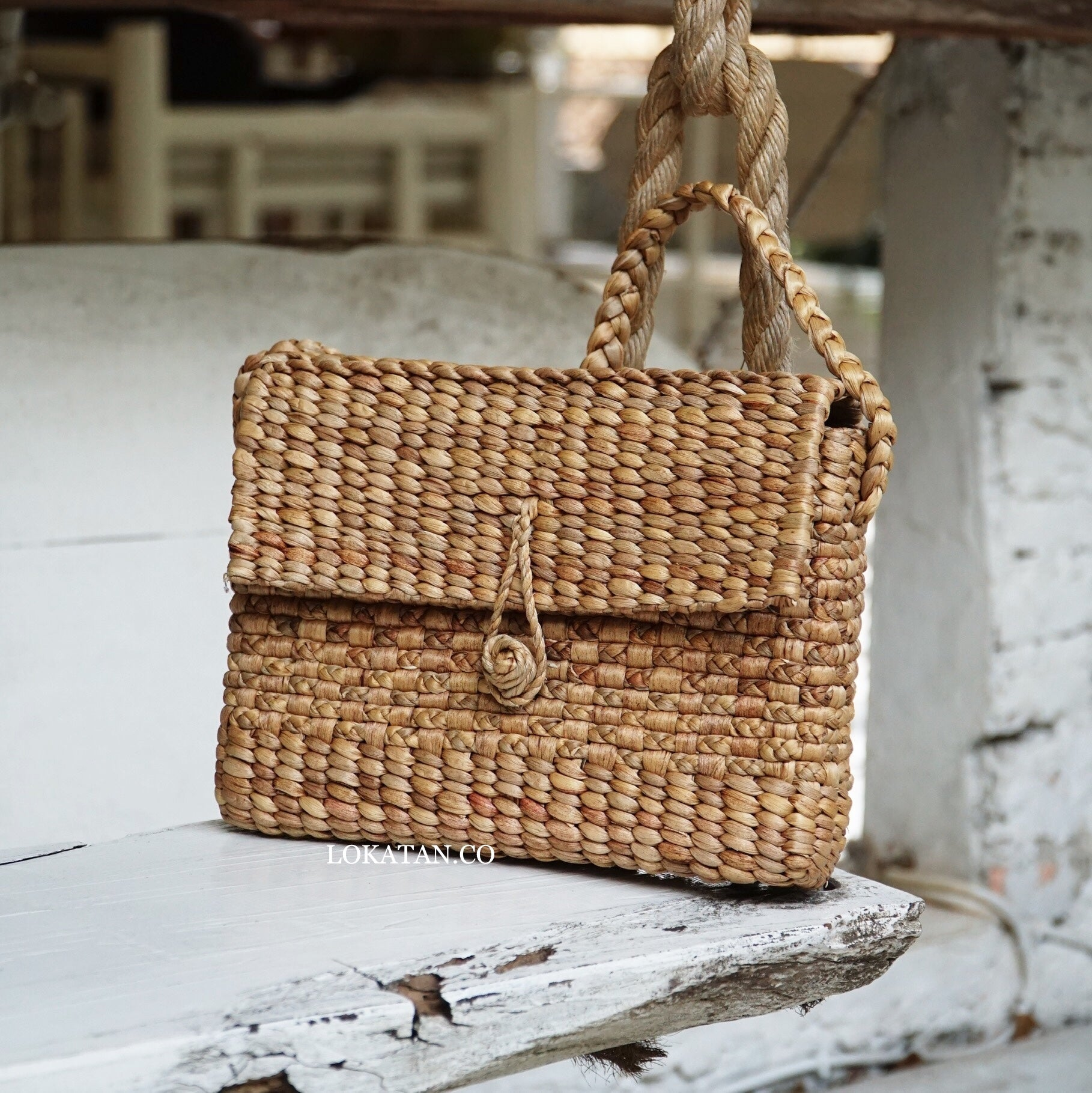 Envel Weaving Seagrass Bag - Lokatan