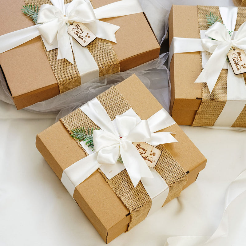 Gift Wrapping Hampers