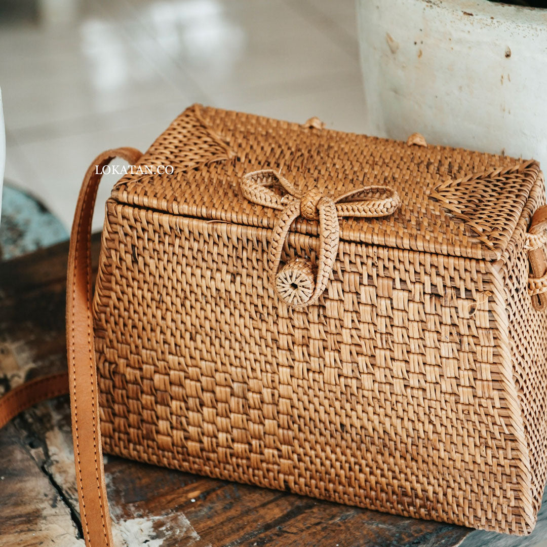 Pyra Brown Bali Rattan Bag