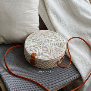 Plain White Bali Rattan Bag - Lokatan