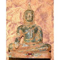 Statue of the Buddha taking the earth as a witness