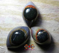 Big eyes of Kali / eyes of Shiva in agate.
