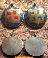 Enamelled swastika pendant - Tradition Bönpo