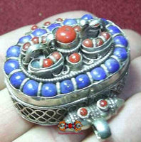 Ancient Tibetan reliquary - silver, lapis lazulli and coral