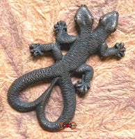 Large Thai gecko amulet with two tails and two heads - Health and charm.