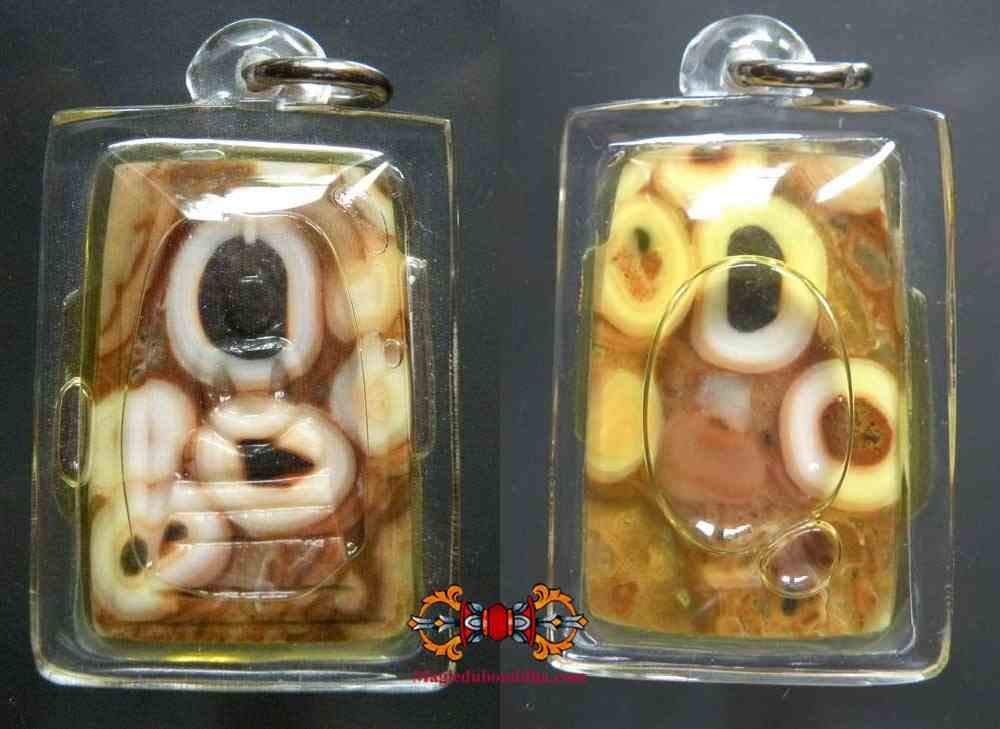 Phra Somdej amulets carved in relic stone Hin Phratat marbled