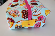 Load image into Gallery viewer, Donut Shop Utility Bag - Simply L Boutique