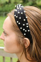 Load image into Gallery viewer, Pearl Top Knot Headband
