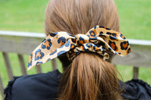 Load image into Gallery viewer, Leopard Silk Scrunchie